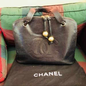 Authentic Chanel Caviar Pud Large CC Shoulder Bag
